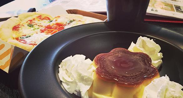 カフェで食えるプリン